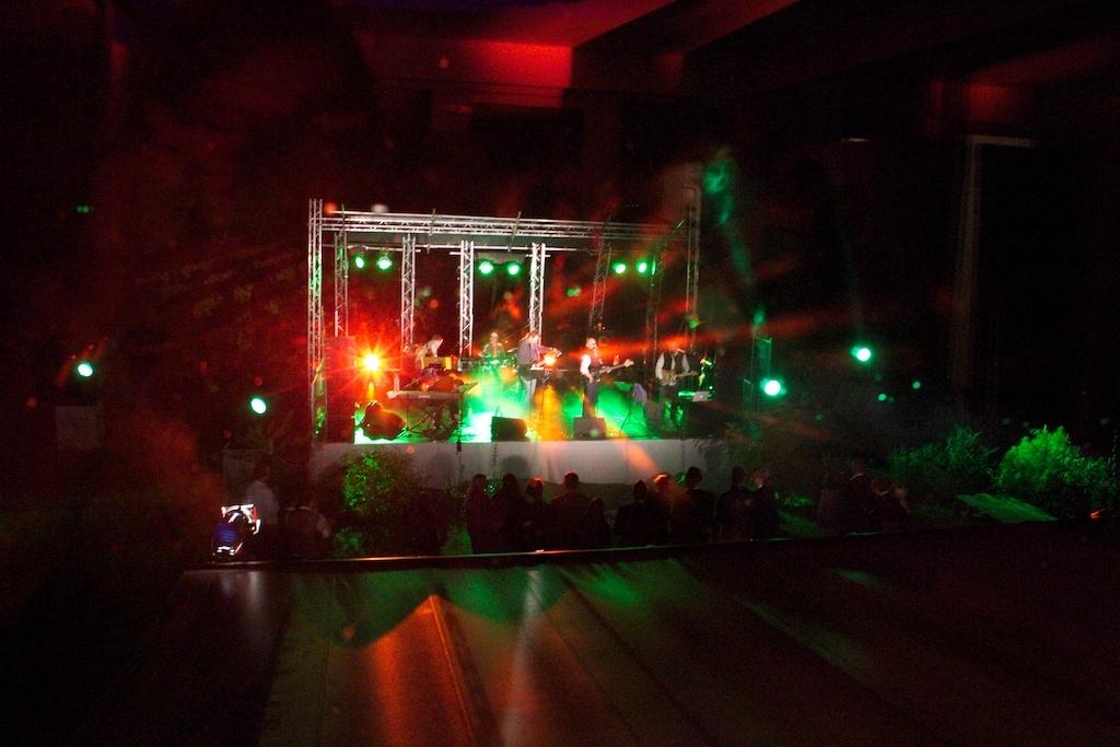 Bühne am Abend